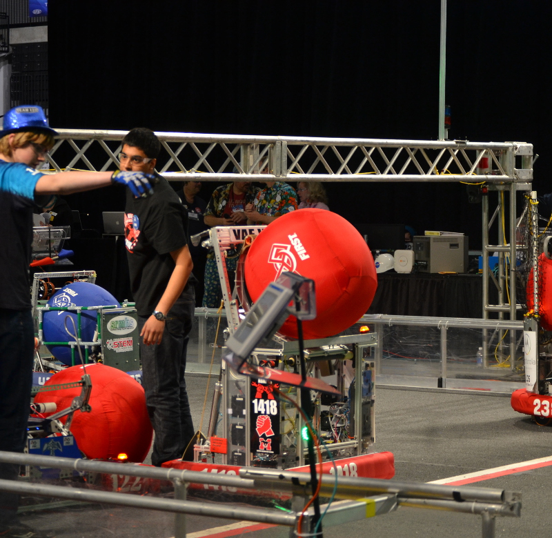 The 2014 robot competing against other robots.